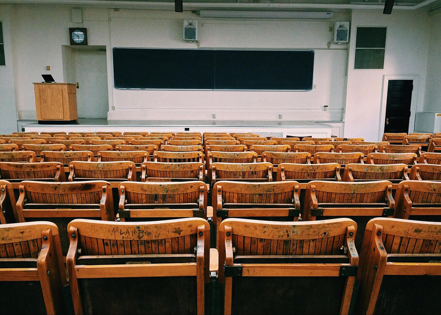 A classroom with empty seats